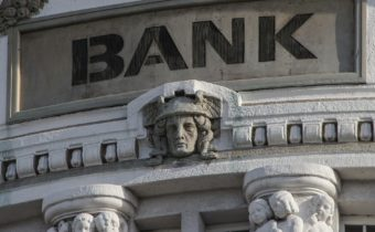 Tjänar bankerna pengar i lågräntemiljö?